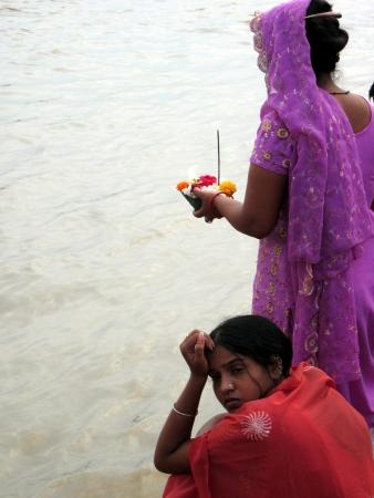 Women praying by the river Ganges (Rishikesh, 2008)